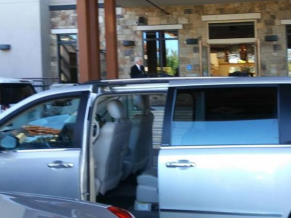 Private Van Red wine Road 1 to 5 passengers/Special Private brewery tours available on request