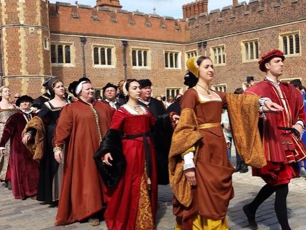 Private Hampton Court palace tour & ancient Saxon Kingston visit