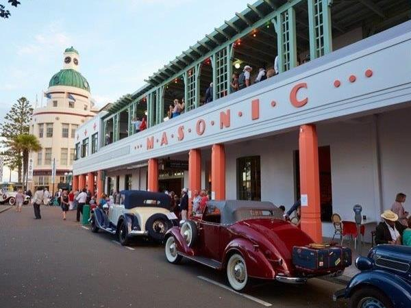 Napier Art Deco and Wine Country Private Tour (5 Hour Private Tour)