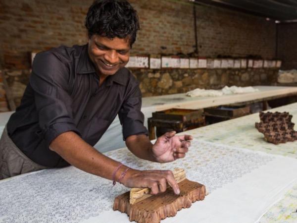 Visit of an art village Sanganer