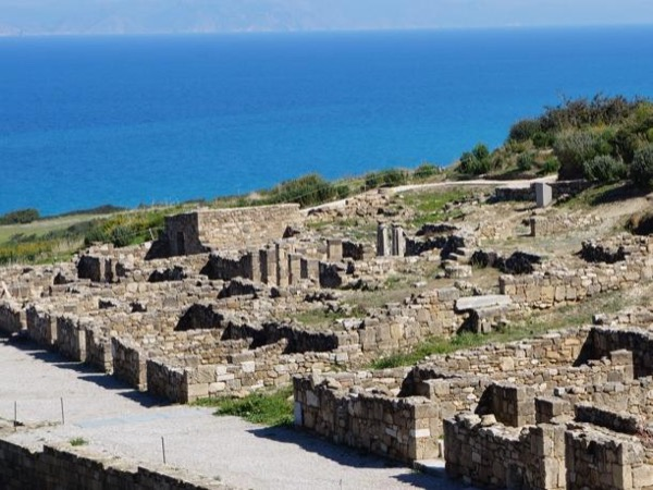 Rhodes Town / West Coast of the Island / Ancient Kamiros / Lunch by the Sea