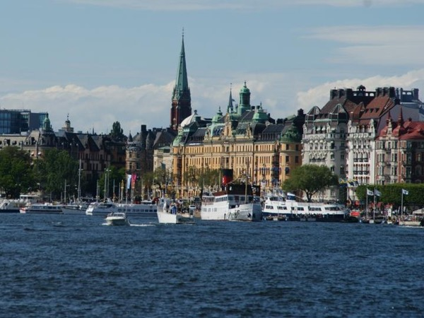 Tour of Stockholm & Drottningholm - by car