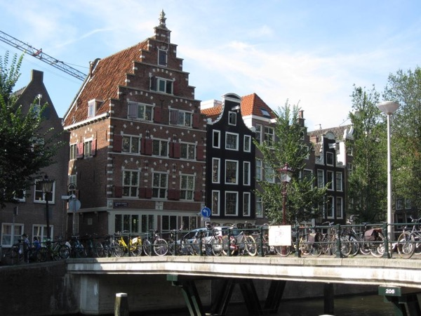 Amsterdam - the medieval city center, private walking tour