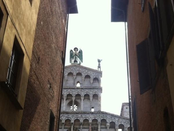 Lucca Half-day tour