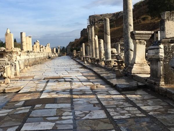 Private Ephesus TOUR Before A Fish Restaurant IN Town