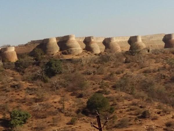 Famous Kumbhal garh Fort & Jain pilgrimage beautiful temple Ranakpur