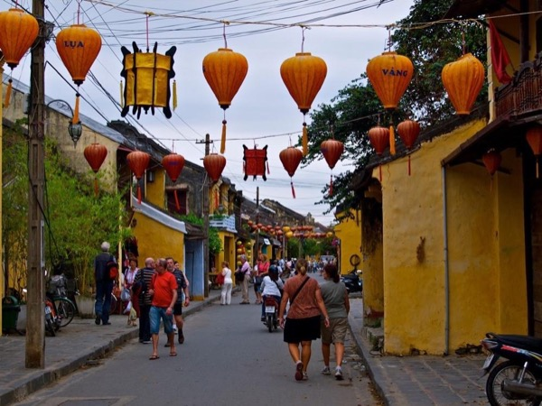 Tien Sa port to Hoi An tour