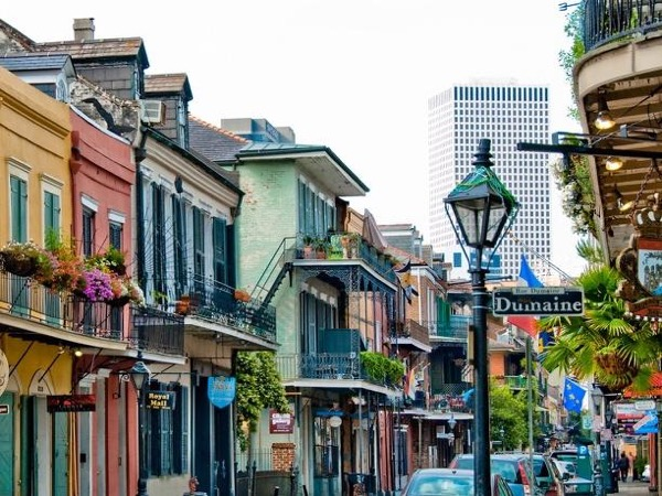 French Quarter Walking and Destrehan Plantation Tour Combo