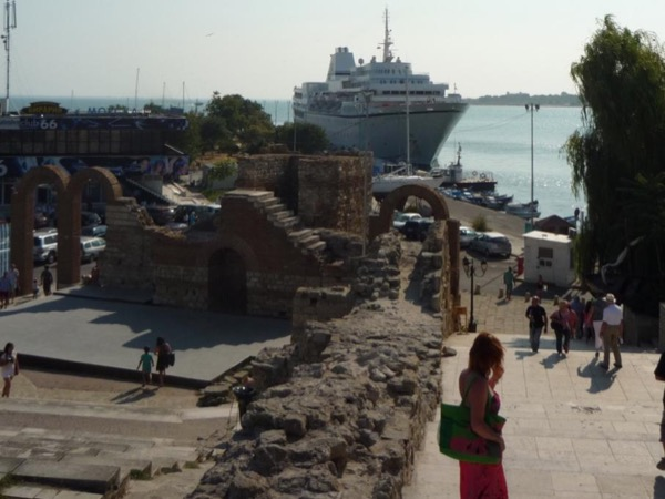 A Day Trip: from Varna to Nessebar (return to Varna)