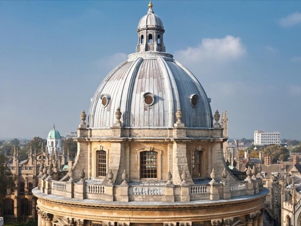 Day Tour to Oxford, Blenheim Palace and the Cotswolds
