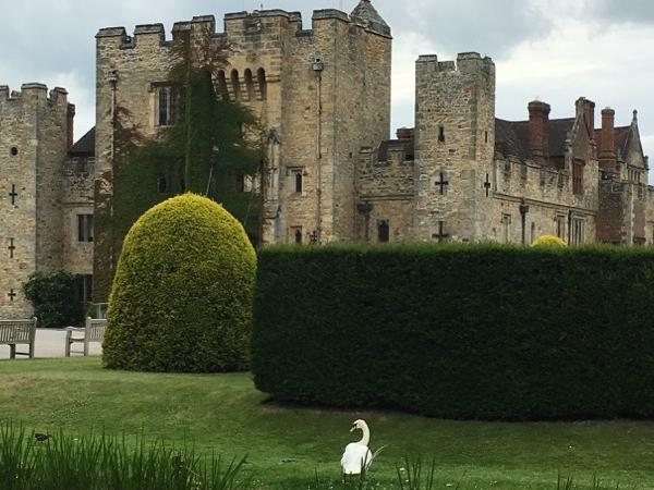 Day Tour to Hever Castle and Churchill's Chartwell